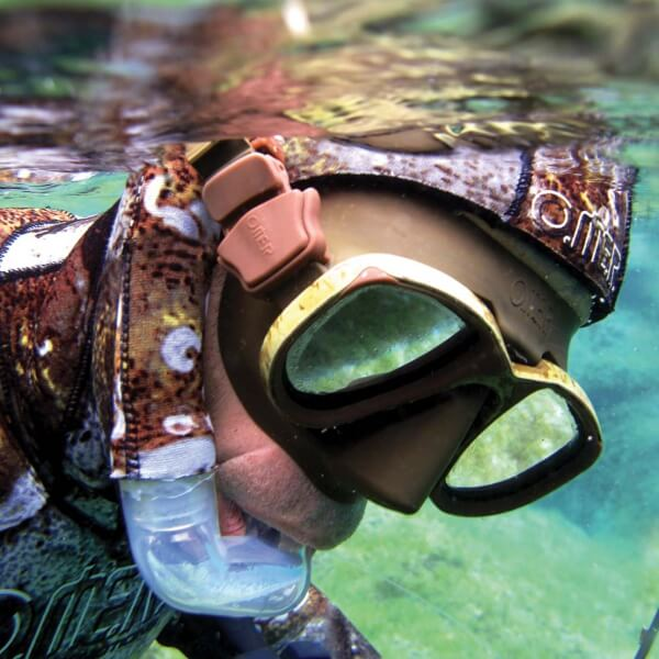 Omer mimetic snorkel cover - in action