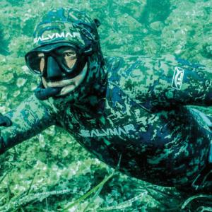 Salvimar NAT wetsuit in water