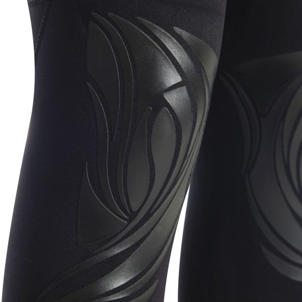 Omer Yemaya Womens wetsuit knee pads