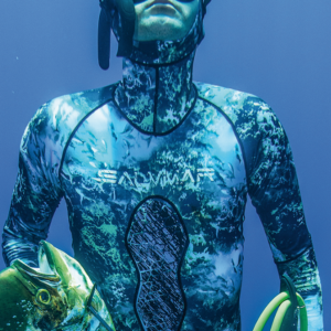 Salvimar Abyss Rashguard in water